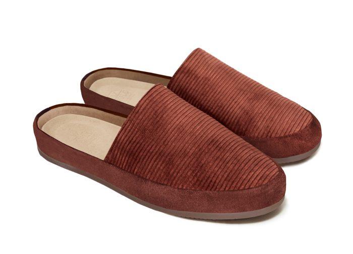 Cognac Slip-On Slippers for Men in British Corduroy