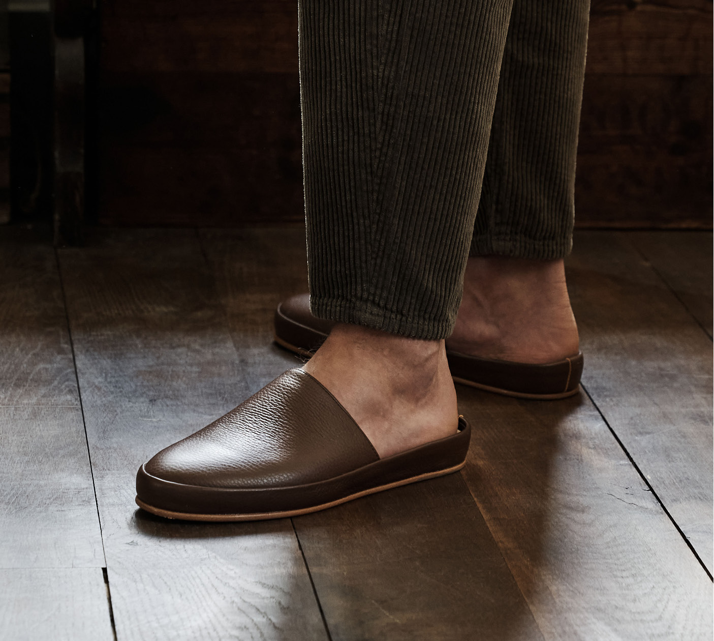 New Mens Slippers - Dark Brown Leather Backless Slippers