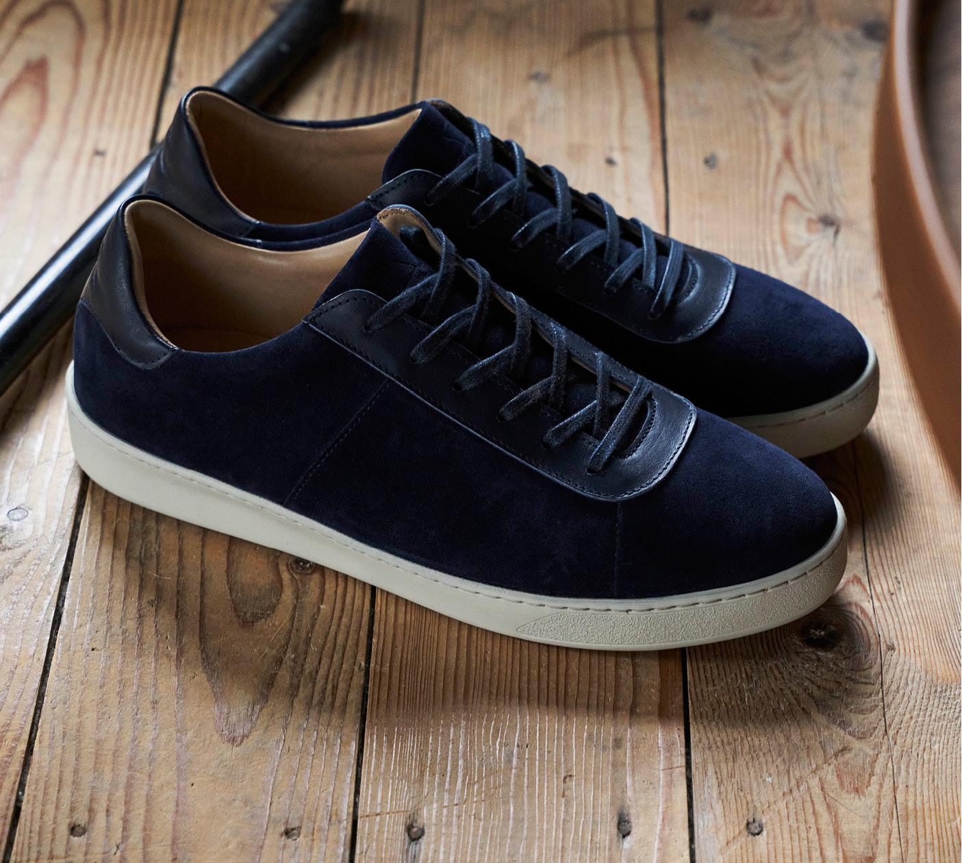 Uniform Dressing - Mens Sneakers in Dark Blue Suede
